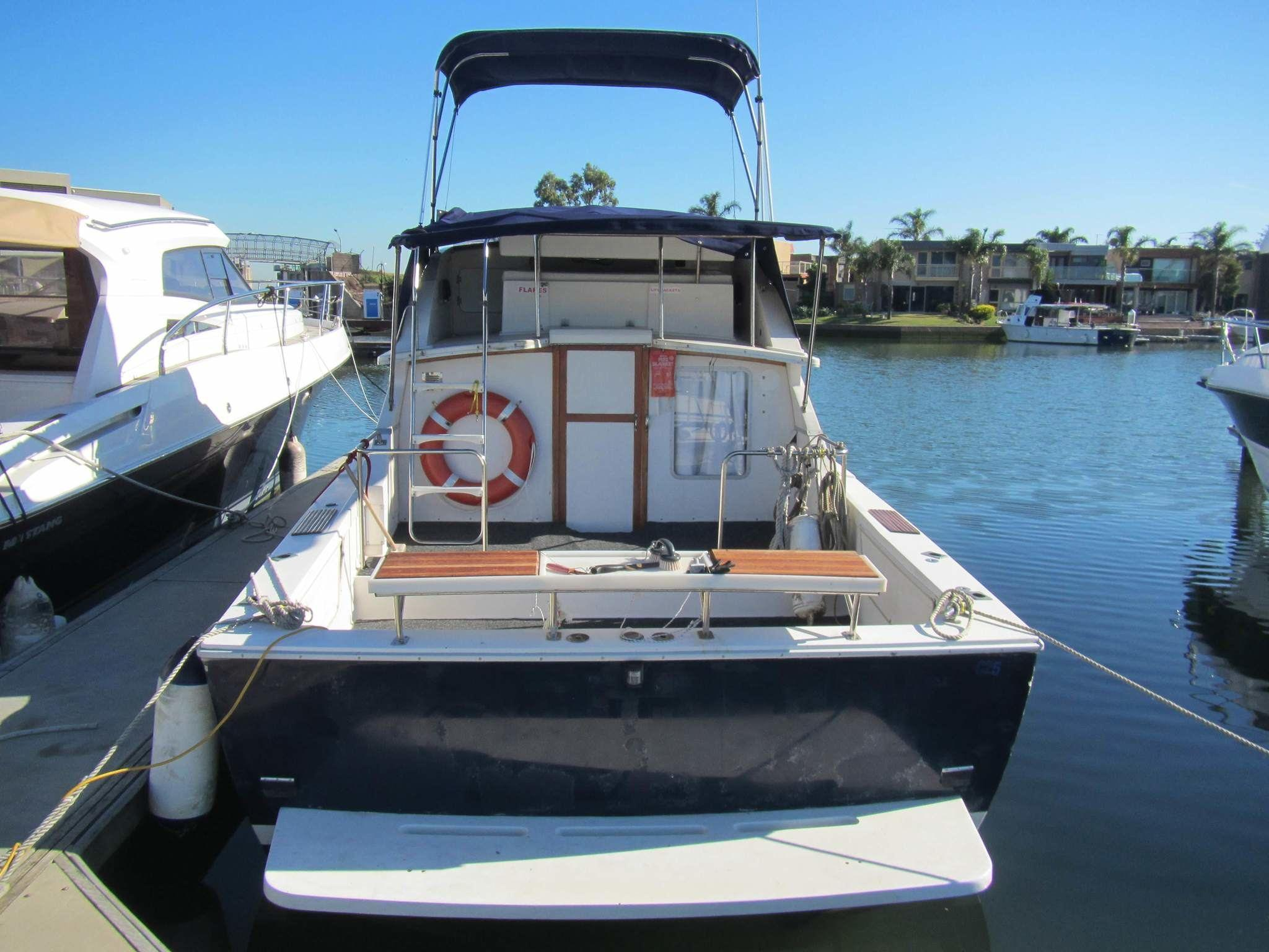 Caribbean-28-002 UsedBoats