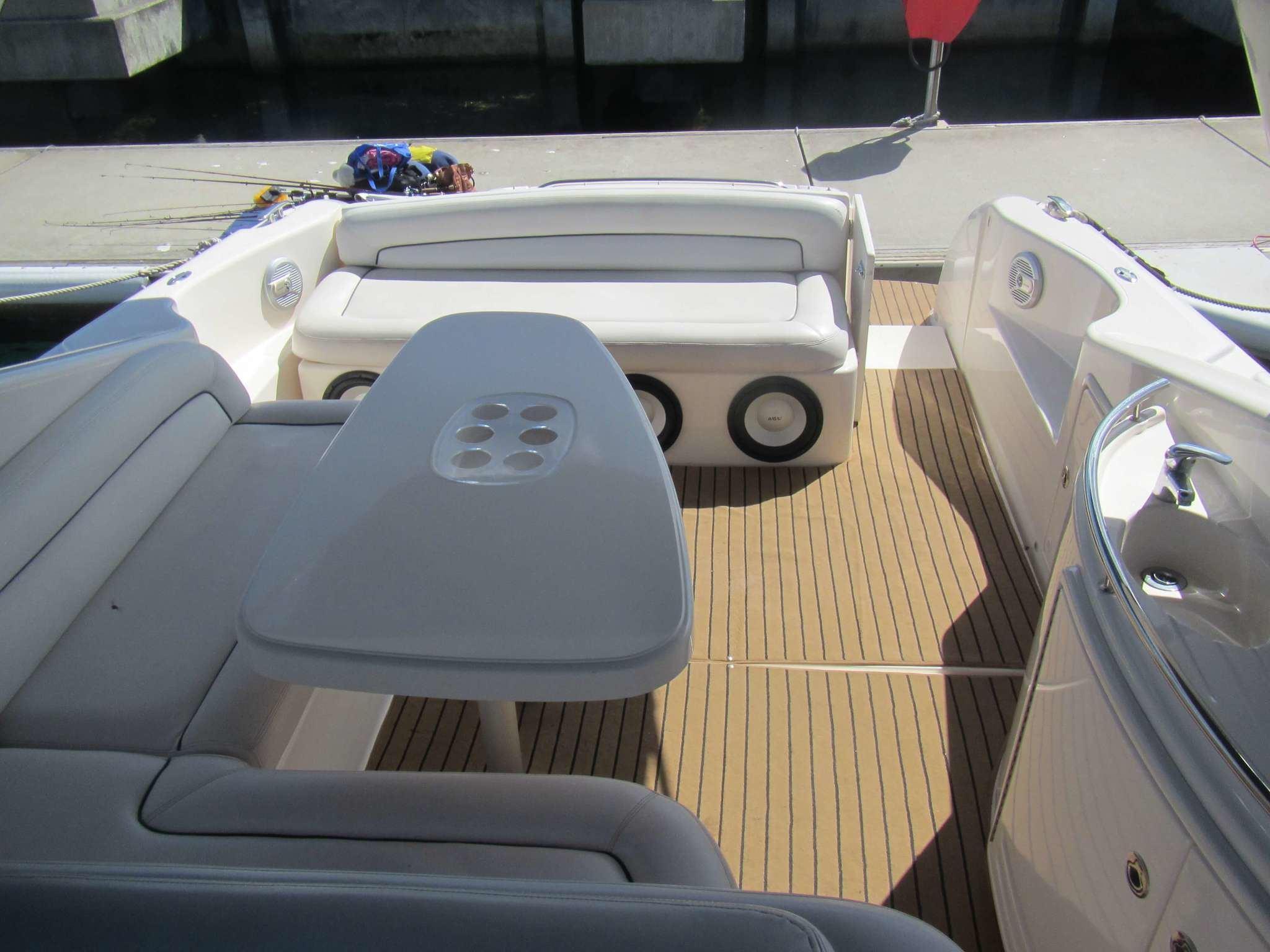 Riviera-M430-RM-011 UsedBoats
